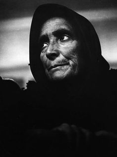 Paul Senn. The mother / Spanish refugee woman (her home is destroyed, sons are at war, one is dead), 1937.      http://semioticapocalypse.tumblr.com
