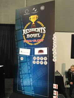 Southern Illinois University has won the 2016 Residents Bowl, defeating Northwestern 8-1 in the final! #PSTM16