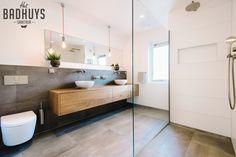 Badkamer Ideeen Inloopdouche : Badkamer met inloopdouche en inbouwkast playing house