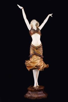 'Radha'. Paul Philippe. Bronce, marfil y mármol. 58 cm. C. 1913. Fotografía: Óscar J. González Hernández