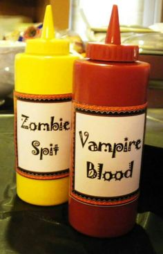 Halloween Zombie Spit and Vampire Blood. Pop any healthy sauce into these bottles and the kids will have Halloween Zombie Spit and Vampire Blood. Pop any healthy sauce into these bottles and the kids will have fun while eating. Halloween Zombie, Soirée Halloween, Halloween Buffet, Adornos Halloween, Zombie Party, Halloween Food For Party, Holidays Halloween, Halloween Food For Adults, Halloween Birthday Parties