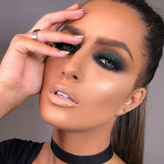 Pin by Chels on Make up in 2019 Glam Makeup, Cute Eye Makeup, Baddie Makeup, Smokey Eye Makeup, Gorgeous Makeup, Bridal Makeup, Wedding Makeup, Beauty Makeup, Makeup Looks