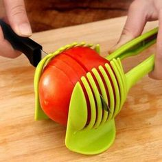 Easy to use Food Tomato Onion Vegetable Fruit Slicer Egg Peel Cutter Holder Clip. Add the tomato slicer along each gap from the top down the you could cut it into pieces. Just cut to the vegetables or fruits in the slicer, can cut out up to Kitchen Tools And Gadgets, Cooking Gadgets, Cooking Tools, Kitchen Hacks, Cooking Equipment, Gizmos And Gadgets, Wine Gadgets, Spy Gadgets, Cooking Fish