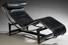 The Chaise Longue by Le Corbusier is a support system structured in the simplest and most ergonomic way. It is composed by asteel pedestal backing thecradle in chrome steel, able to swingfavoring the body position of greater or lesser inclination.All accompanied by a thin mat and a padded headrest with cylindrical shape.