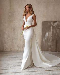 10 Wedding Dress Designers You Want To Know About ❤ wedding dress designers trumpet sweetheart neckline sexy deep v neckline evalendel #weddingforward #wedding #bride