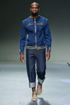 Fusionando el denim con elementos más formales, Tempracha presenta su colección de invierno para el 2016 en la semana de la moda de Sudáfrica