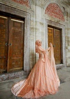 Latest Scandal News & Videos: Beautiful and Peachy Bridal Hijab