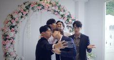 Drama Taiwan, Bridesmaid Dresses, Wedding Dresses, Twitter, Fashion, Bridesmade Dresses, Bride Dresses, Moda, Bridal Gowns