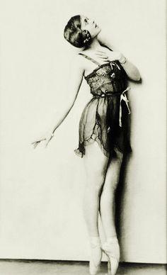 1927 Ballerina