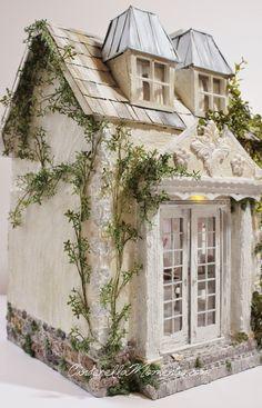 Cinderella Moments miniature cottage