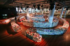 Book labyrinth at the 2012 London Olympics. 250,000 books, 500 square meters.