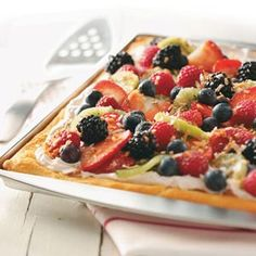 Coconut Berry Pizza Recipe from Taste of Home -- shared by Joan Warner Carr of Kingwood, West Virginia Party Desserts, Summer Desserts, Just Desserts, Summer Recipes, Delicious Desserts, Yummy Food, Awesome Desserts, Picnic Desserts, Quick Recipes
