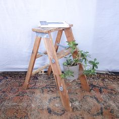 A rustic wooden step ladder with wonderful patina, perfect for the farmhouse look! Use this stool as to display a collection, as an end table, or as a functional step stool. Either way, it will look great. I have several of these in my house and they are perfect and I can always reach in the top cupboards! Vintage Farmhouse, Vintage Wood, Vintage Home Decor, Rustic Side Table, Christmas Glasses, Wooden Steps, Shabby Look, Wood Stool, Industrial House