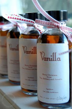 homemade vanilla extract as a gift idea... cute!