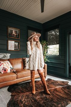THANKSGIVING OUTFIT INSPO | IVORY TURTLENECK SWEATER DRESS