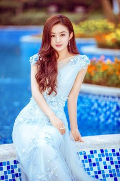 Zhao Li Ying Radiant in Mermaid Blue at Gala Event in Beijing Hottest Female Celebrities, Asian Celebrities, Zhao Li Ying, Cute Girl Face, Asian Kids, Classy Girl, Good Looking Women, Beauty Full Girl, China Girl