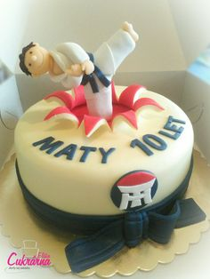Taekwondo, Birthday Cake, Desserts, Food, Tailgate Desserts, Deserts, Birthday Cakes, Essen, Postres