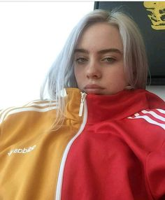 Yellow and red is an underrated color combo tbh Billie Eilish, Jeffrey Campbell, Ukelele, Queen B, Celebs, Celebrities, Me As A Girlfriend, Pretty People, Music Artists