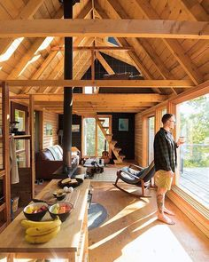 Have you woke up in a cabin before? Cabin in the Woods // Tiny Living // Tiny House // Cabin Interiors // Cabin Plans // Cabin in the Mountains // Architecture // Home Decor Tiny Cabins, Tiny House Cabin, Tiny House Living, Tiny House Plans, Tiny House Design, Cottage House, Living Room, Tiny Cabin Plans, Wood House Design