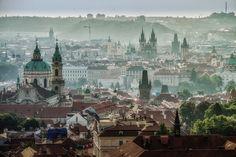 Misty morning, Prague, Czech Republic, 2014, photograph by Robert Glöckner.