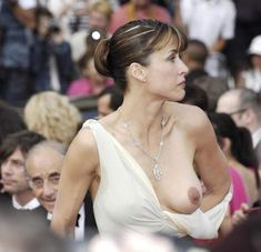French actress Sophie Marceau walks the red carpet of the Palais des Festivals for the screening of French director Nicole Garcia's movie 'Selon Charlie' in competition for the Film Festival of Cannes on May Photo by Sophie Marceau, Worst Celebrities, Celebs, Beautiful Celebrities, Nicki Minaj, Jennifer Lopez, Emma Watson Photos, Photo Cannes, Soiree Party