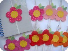 Marcadores de páginas - cores quentes by Artes by Dani, via Flickr