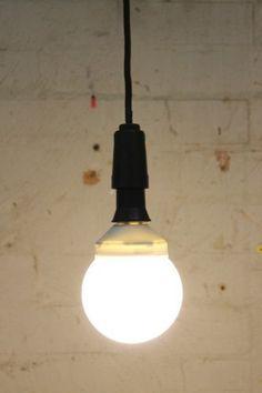For the bathroom and laundry : Oversized CFL light bulb. E27 and B22 light bulbs for task lighting - Fat Shack Vintage - Fat Shack Vintage