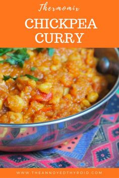 If you like your curry in a hurry, you'll love this vibrant, vegan curry. It's quick, easy and so easy to whip up in the Thermomix. Vegetarian Curry, Vegan Curry, Chickpea Curry, Vegetarian Recipes, Healthy Family Dinners, Vegan Dinners, Thermomix Recipes Healthy, Cooking Recipes, Curry In A Hurry