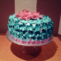Tarta Flores Azules de chocolate