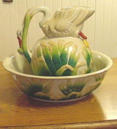 RARE LARGE ANTIQUE MAJOLICA SWAN PITCHER AND WASH BASIN SET.