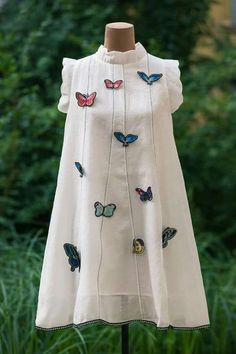 Different types of frocks designs - Simple Craft Ideas Simple Frock Design, Girls Frock Design, Kids Frocks Design, Simple Frocks, Casual Frocks, Stylish Dress Designs, Stylish Dresses, Casual Dresses, Frock Patterns