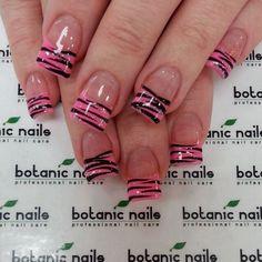 Botanic nails pink and black print Zebra Stripe Nails, Zebra Print Nails, Nail Art Stripes, Zebra Nail Designs, Cute Nail Designs, Acrylic Nail Designs, French Manicure Nails, French Nails, Diy Nails