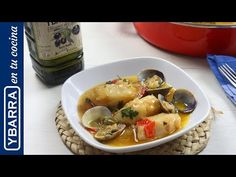 Thai Red Curry, Chicken, Ethnic Recipes, Food, Youtube, Fish Recipes, One Pot Dinners, Vegan Recipes, Ethnic Food