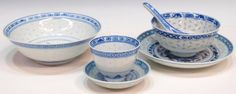 rice pattern dish | 454: LOT CHINESE PORCELAIN RICE PATTERN DINNERWARE