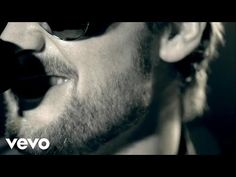 Music video by Eric Church performing Drink In My Hand. Country Music Singers, Country Artists, Country Songs, Country Girls, Music Is My Escape, Music Love, Ec 3, Take Me To Church, Redneck Girl