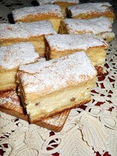 Pie with cream cheese and cream - Placinta cu branza si smantana - Dulciuri Romanian Desserts, Romanian Food, No Cook Desserts, Delicious Desserts, Yummy Food, Cheesecake Recipes, Cookie Recipes, Saveur, Desert Recipes