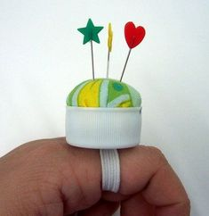 SO CLEVER! Bottle Cap Pin Cushion!