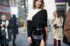 Our man on the street, Tyler Joe, captures the chicest street style moments from London Fashion Week. Cool Street Fashion, Street Chic, Street Style, Fashion Week 2015, Fashion Trends, Skinny Fashion, Runway Fashion, London Fashion, Cool Style