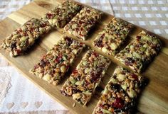 Weight wachers energy bars - Weight watchers recipe - Weight wachers energy bars, an easy and simple recipe to make, 16 bars of PP, keep in your refr - Desserts With Biscuits, Ww Desserts, Healthy Cooking, Healthy Snacks, Raw Food Recipes, Cooking Recipes, Oats Recipes, Weigth Watchers, 16 Bars