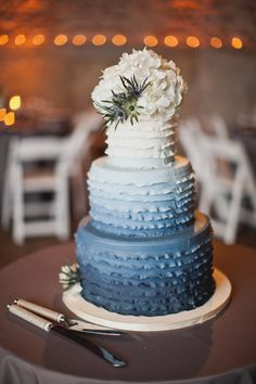 Blue ombre ruffled wedding cake--calling this denim and diamonds auction… Gorgeous Cakes, Pretty Cakes, Amazing Cakes, Fondant Ruffles, Ruffle Cake, Ruffle Skirt, Denim And Diamonds, Ombre Cake, Blue Cakes