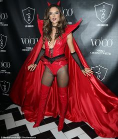 Alessandra Ambrosio Was a Sexy Red Devil on Halloween!: Photo Alessandra Ambrosio shows off her sexy outfit while walking the red carpet at the Heaven and Hell Halloween Party that she hosted at 1 OAK on Saturday (October Alessandra Ambrosio, Devil Costume, Halloween Kostüm, Devil Halloween Costumes, Halloween Disfraces, Sexy Boots, Costumes For Women, Sexy Dresses, Hot Girls