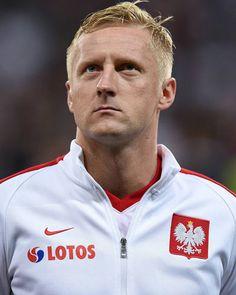 Spielerfoto von Kamil Glik Trainer, Athletic, Jackets, Poland, Football Soccer, Down Jackets, Athlete, Deporte, Jacket