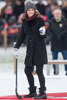 Kate Middleton's Winter Wardrobe Must Haves - Dress Like A Duchess Duchess Of Cambridge, Autumn Winter Fashion, Fall Winter, Princess Katherine, Kate Middleton Style, William Kate, Prince Charming, Winter Wardrobe, Coat
