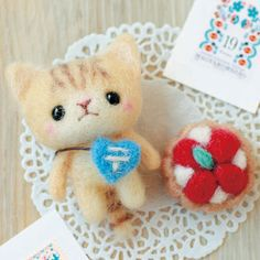 DIY Needle wool felt cure CAT and Sweet tart  KIT Japanese craft kit. $13,90, via Etsy.