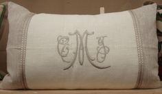 Gorgeous linen...LOVE the monogram!