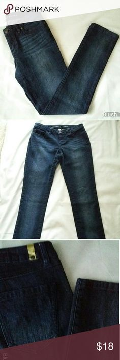 LC Lauren Conrad Denim Jeans, Dark Wash, Size 4 Add a pair of comfy jeans to your wardrobe for the upcoming Fall season. These dark wash Lauren Conrad jeans are great to pair with a work blouse or the perfect tee! LC Lauren Conrad Jeans Boot Cut