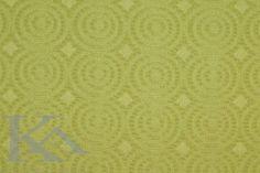 Cercuri cu un aer retro pe o tesatura cu doua fete: pe fata este verde-lime, iar pe spate aceasta este combinata cu o nuanta neutra. Rugs, Home Decor, Farmhouse Rugs, Decoration Home, Room Decor, Floor Rugs, Rug, Carpets, Interior Decorating