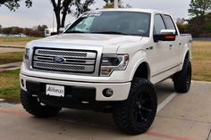 Discover recipes, home ideas, style inspiration and other ideas to try. Ford F150 2013, Ford F150 Fx4, F150 Lifted, F150 Truck, Ford Pickup Trucks, Lifted Trucks, Ford F150 Accessories, Truck Accessories, Ford F150 Custom