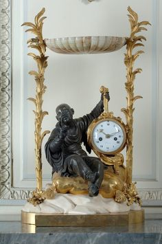 Mantel Clock with Chinese Figure -- movement by Nicolas Sotiau -- c. Mantel Clocks, Old Clocks, Antique Desk, Antique Clocks, Vintage Clocks, Clock Art, Desk Clock, Chinoiserie, Art Français
