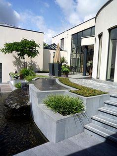 Mooiste tuin van Vlaanderen 2008 aangelegd door een tuinaannemer - kleine tuin of stadstuin tot 250 m² - tuinaanleg door Vlaamse tuinaannemer